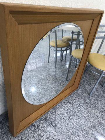 Espelho com moldura de madeira - Foto 6