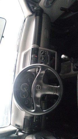 Chevrolet Classic 1.0 com ar condicionado - Foto 3