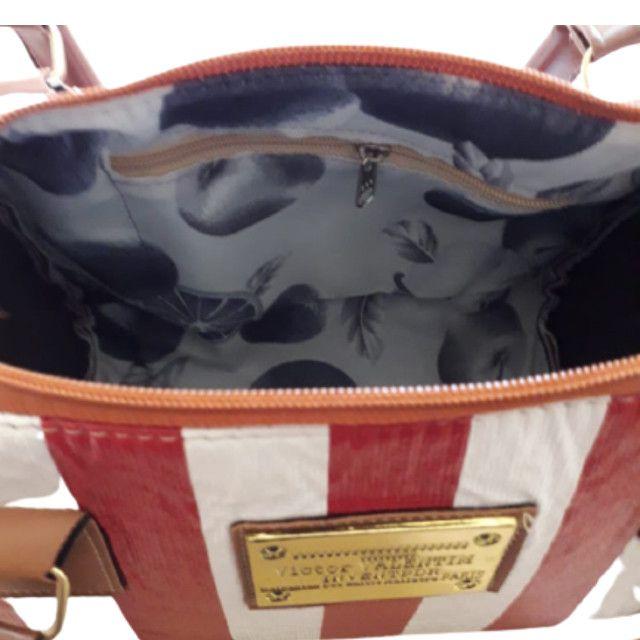 Bolsa Feminina Baú Pequena Vermelha Em Couro Ecológico Passeio em Nova York - Foto 3