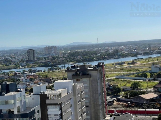 Mobiliado - Apartamento 02 dormitórios com suíte - Centro de Torres/RS  - Foto 2