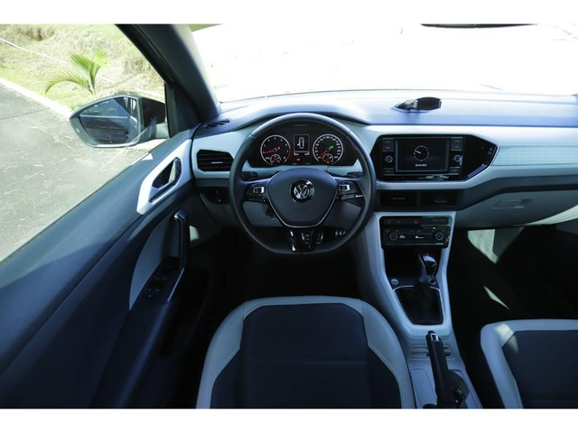 Volkswagen T-Cross HIGHLINE 1.4 TSI FLEX AUT. - Foto 9