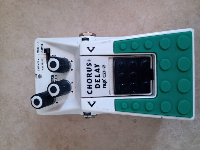 Pedal landscape brutal distortion/pedal nux cd2 chorus/delay - Foto 3
