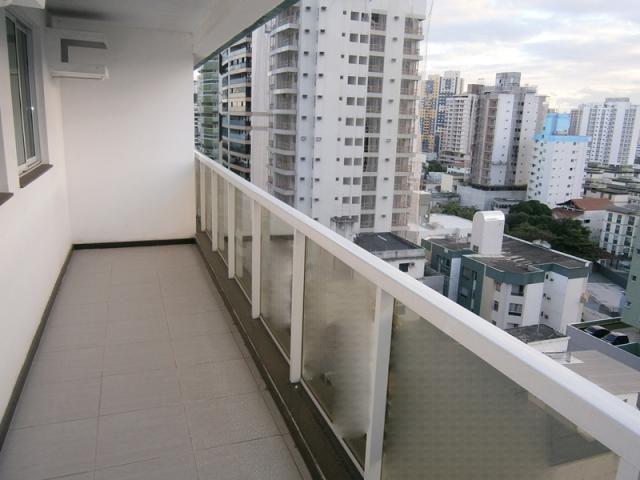 Vende apartamento de 2 quartos na Praia de Itapoã, Vila Velha - ES.
