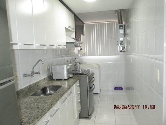 Excelente Apartamento duplex 3 quartos com armários, espaço gourmet e piscina - Foto 19
