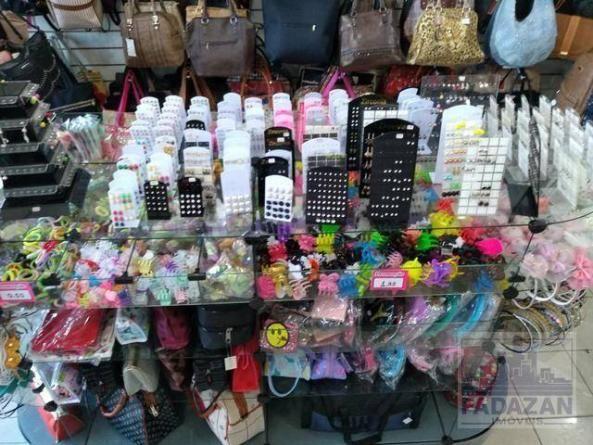 Loja de bijuterias, bolsas e acessórios femininos por r$ 49.000 - capão raso - curitiba/pr - Foto 6
