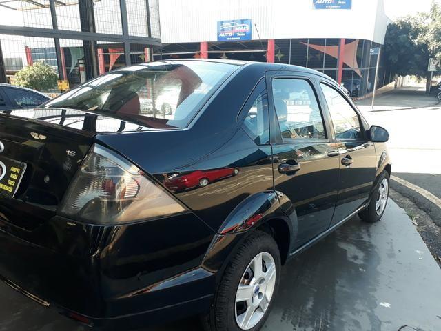 Fiesta sedan 2011 - Foto 6