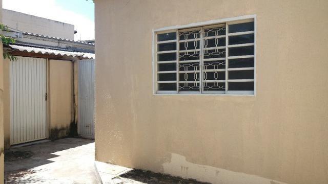Casa Cidade Jardim, (Sudoeste) 3 quartos, mais 3 kitinets, prox. Uni-Anhanguera - Foto 8