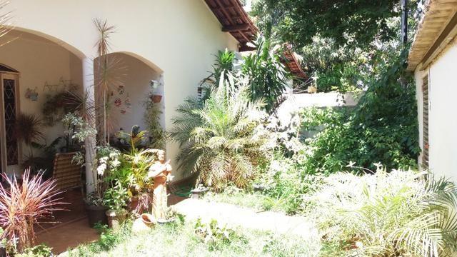 Casa Cidade Jardim, (Sudoeste) 3 quartos, mais 3 kitinets, prox. Uni-Anhanguera - Foto 2