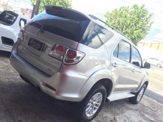 Toyota Hilux SW4 SR 4x2 2.7 Flex 16V Aut. - Foto 4