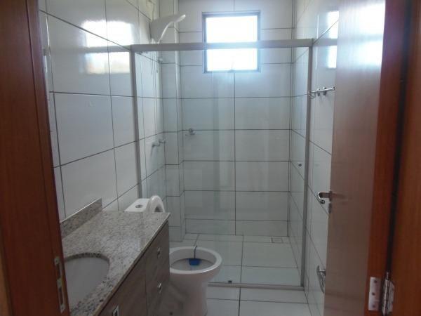 Apartamento com 3 quartos, 1 suíte, duas vagas de garagem e ótima localização - Foto 4