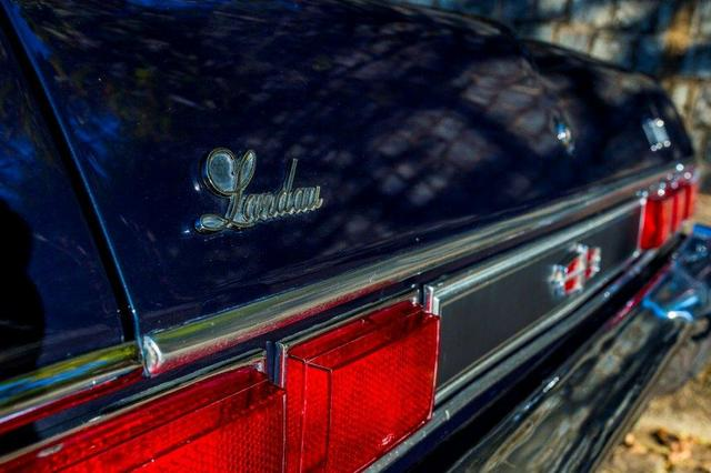 Relíquia de Colecionador Ford Landau com placa Preta 1980! - Foto 13