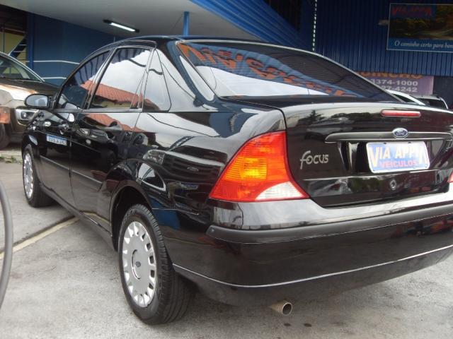 FORD FOCUS SEDAN 1.6 L 2005  *58.000 KM. - Foto 4
