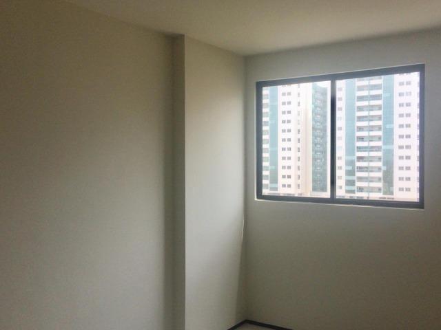 Apartamento para alugar no condomínio Porto Ravena Bairro Ponta do Farol Próximo a AABB - Foto 8