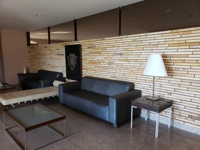 V-E-N-D-O - Bairro Calhau - 302 m2 - 4 Suites - Foto 10