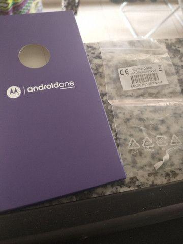 Caixa do Motorola one com todos os manuais - Foto 6