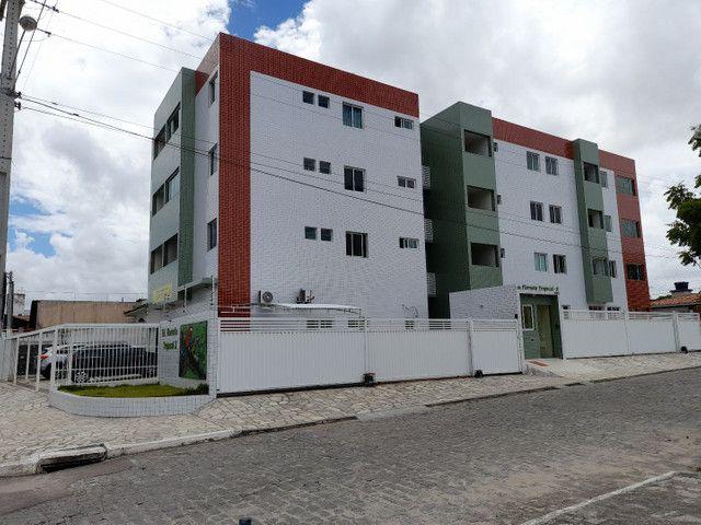 Apartamento novo de três quartos no Cristo redentor