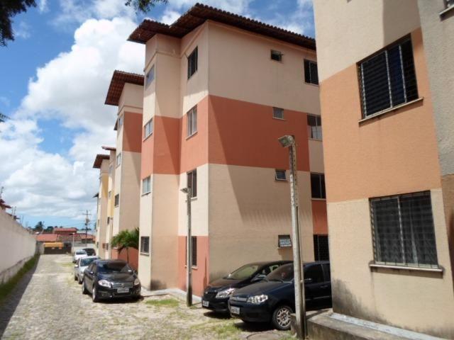 Messejana Apto 45 m² com 2 Quartos, Playground, Quadra, 1 Vaga na Garagem(Cód. 948)