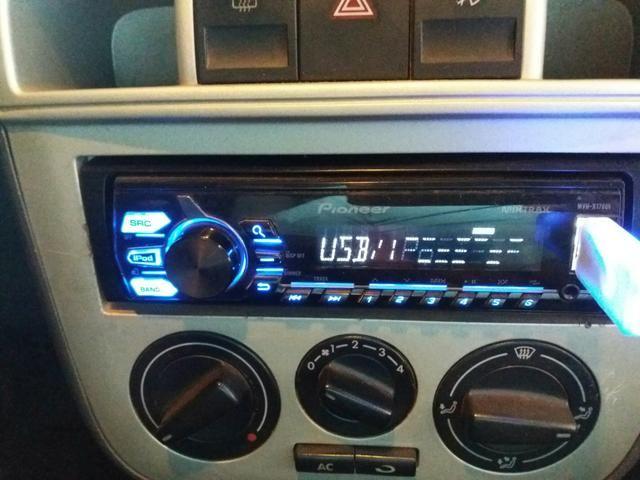 Rádio automotivo (Pioneer)