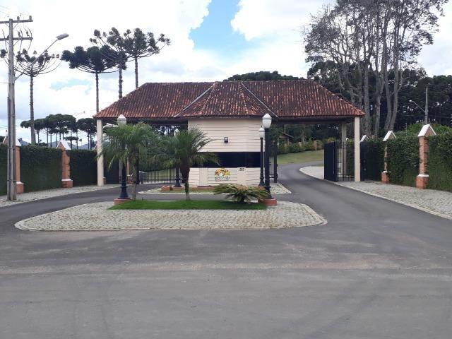 Terrenos em Piraquara Condomínio Fechado ( Alto Padrão) 1.023 m2- ent. R$10.000,00