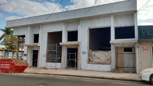 Salões em fase de acabamento no bairro: Higienópolis em Araçatuba - Foto 4