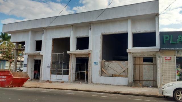 Salões em fase de acabamento no bairro: Higienópolis em Araçatuba - Foto 3