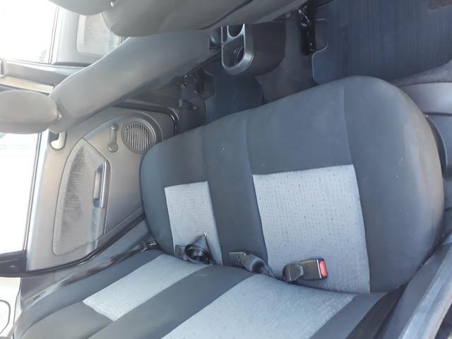 Fiesta sedan 2011 - Foto 3