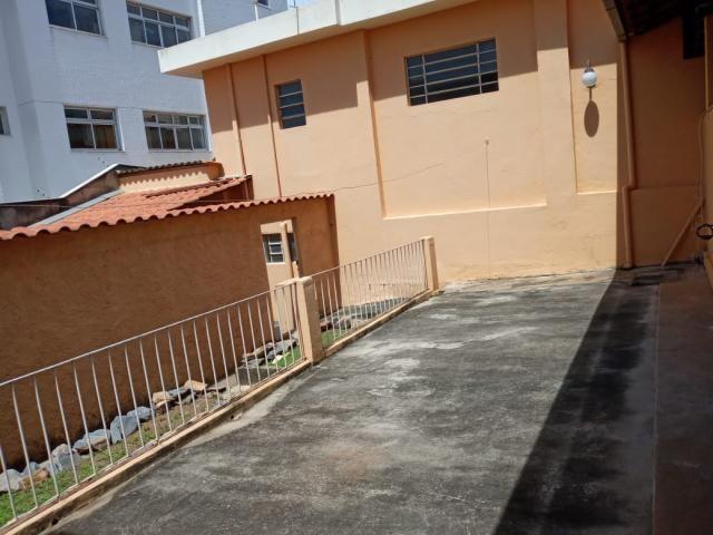 Casa à venda com 3 dormitórios em Caiçara, Belo horizonte cod:6049 - Foto 2