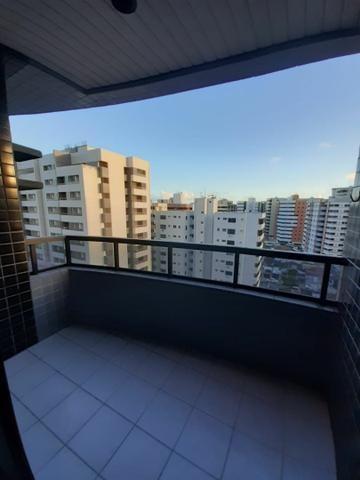 Oportunidade na Ponta Verde! 03 quartos (01 suíte), 02 vagas. Confira! - Foto 3
