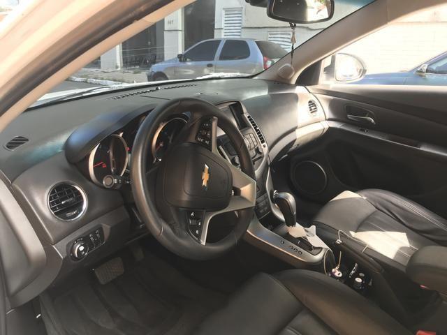 Chevrolet Cruze Sedã 2014 - GNV- IPVA 2020 ok - Automático - Banco em couro - Foto 3