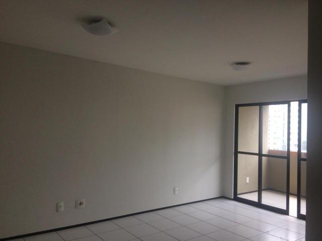 Apartamento para alugar no condomínio Porto Ravena Bairro Ponta do Farol Próximo a AABB - Foto 6