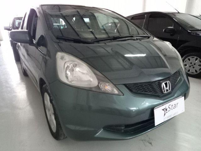 Honda Fit 1.4 LX 2010 Cambio Manual - Foto 2