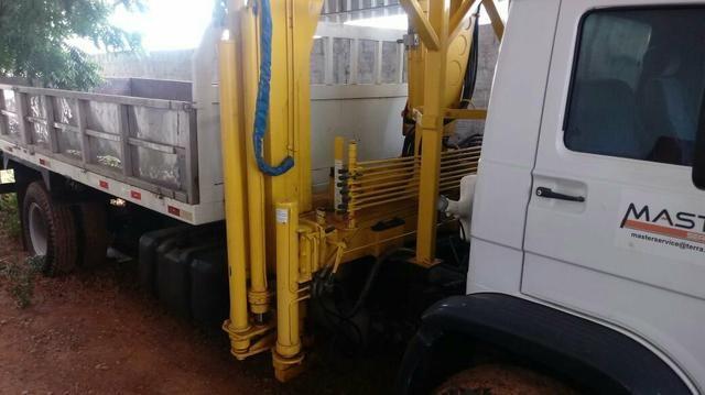 Caminhão muque 13-190