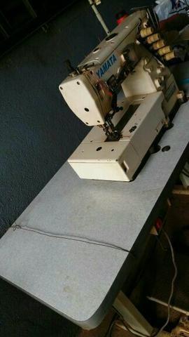 Máquinas de costura (04 máquinas)