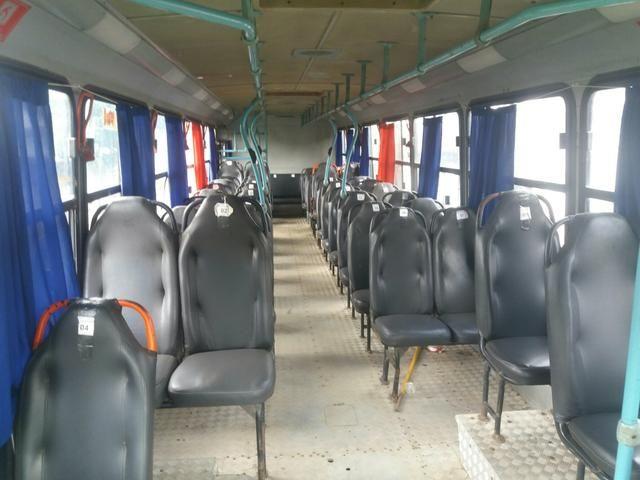 Vendo ônibus Mercedes carroceria Marcopolo - Foto 2