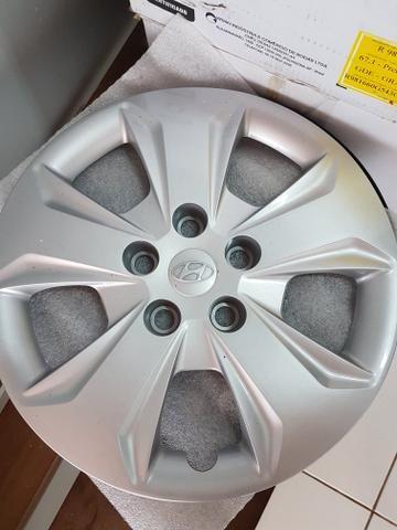 4 rodas de ferro aro 16 novas e calotas do Creta 2019