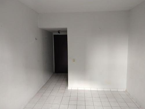 Apartamento perto do Sport. Alugue: 570 mais taxas total: 900,00 - Foto 3