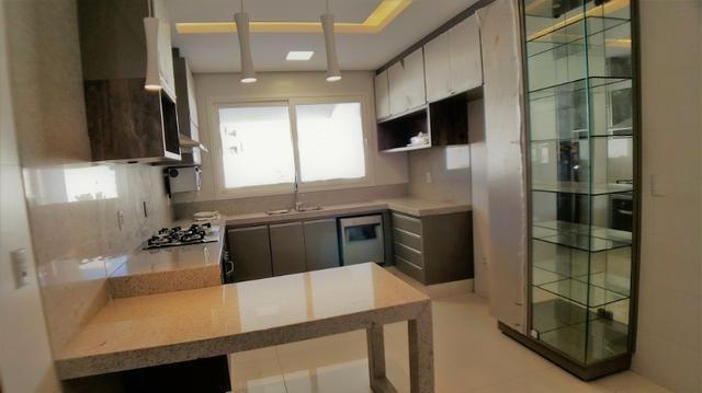 Sobrado 4 Suítes + Escritório, 351 m², semi mobiliado, c/ lazer na 404 Sul - Alto Padrão - Foto 6