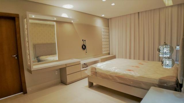 Sobrado 4 Suítes + Escritório, 351 m², semi mobiliado, c/ lazer na 404 Sul - Alto Padrão - Foto 12