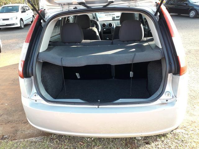 Vendo fiesta hatch 06 1.6 flex - Foto 4