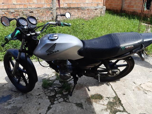 Vende-se uma moto Honda ano 2002 - Foto 3