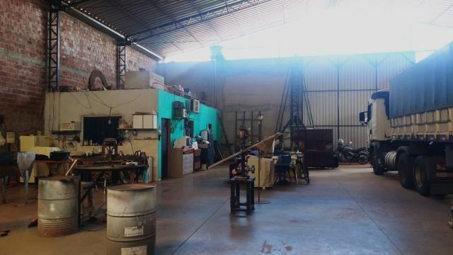 8271 | Galpão/Barracão à venda com 1 quartos em VALE AZUL, MARINGA - Foto 5