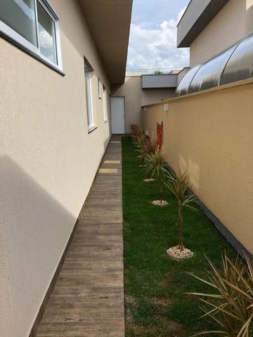 Casa Térrea Condomínio Jardins Lisboa 3 Suites Plenas - Foto 2