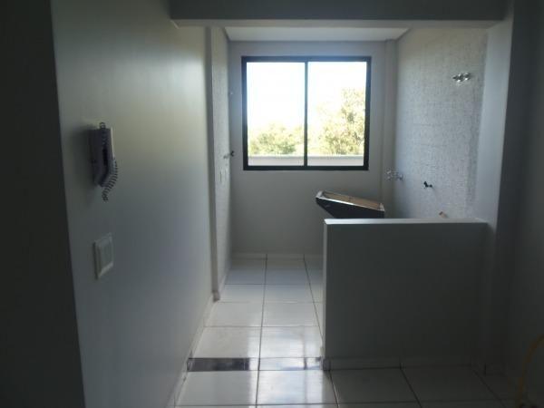 Apartamento com 3 quartos, 1 suíte, duas vagas de garagem e ótima localização - Foto 3