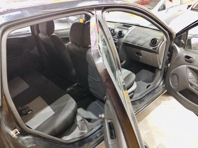 Ford Fiesta Hatch Completo Ano: 2012 R$: 19.900,00 - Foto 9