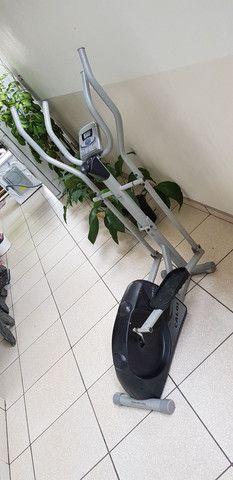 Elíptico, simulador de caminhada da caloi - Foto 5