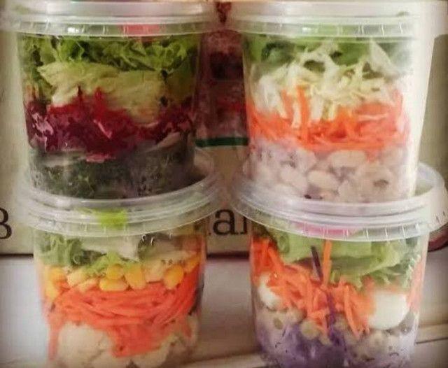 Deliciosas saladas de potes $12,00 pra retirar no local - Foto 2