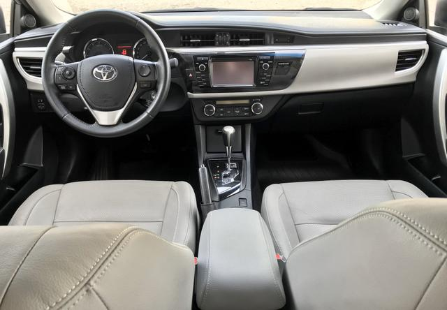 Toyota Corolla Xei AT 2.0 2015 - Foto 8
