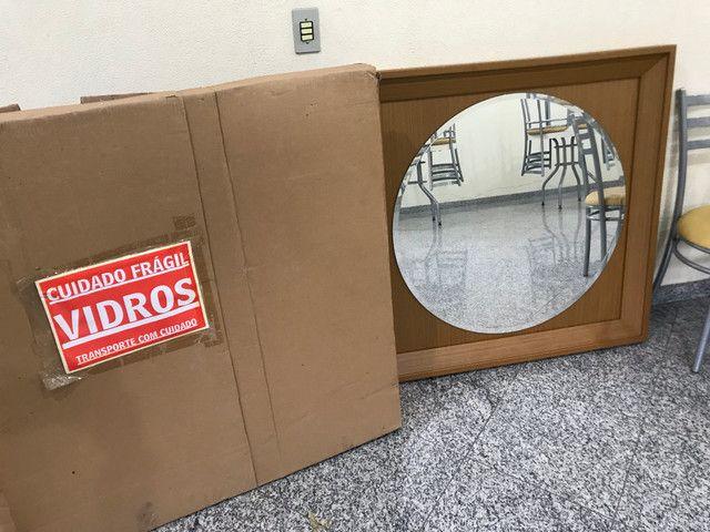 Espelho com moldura de madeira - Foto 5