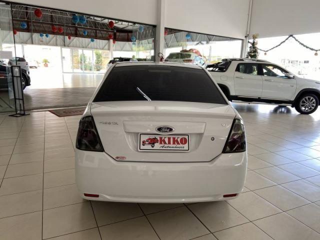 Ford Fiesta Sed. 1.6  - Foto 5