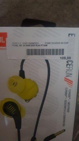 Fone de Ouvido JBL In Ear End Run Preto e Amarelo<br><br> - Foto 5